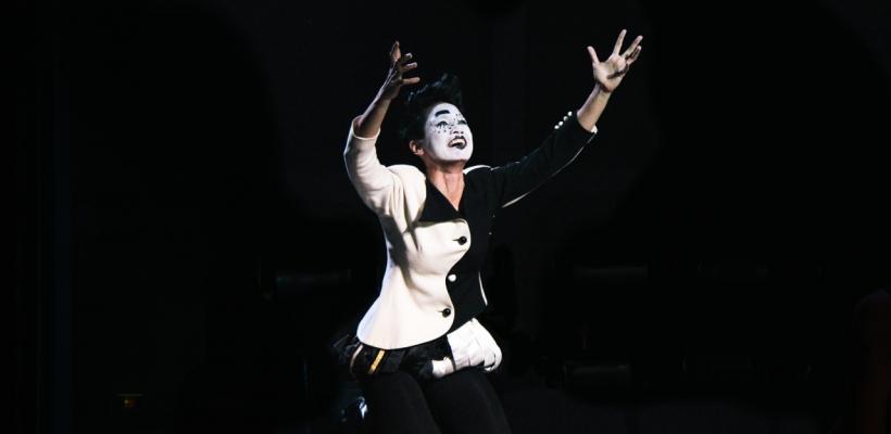 Hazel Lozano as Touchstone
