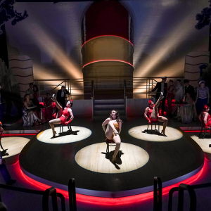 Anything Goes / Lighting Design by Matt Webb / Photo by Alan Alabastro