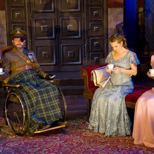 Actors in The Real Inspector Hound