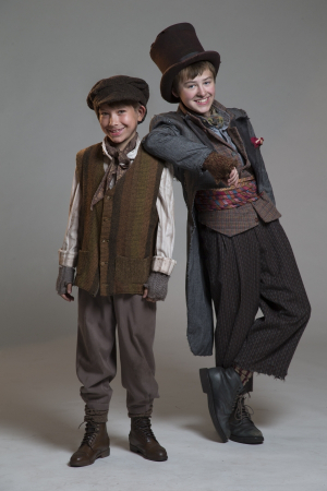 Fifth Avenue Oliver cast