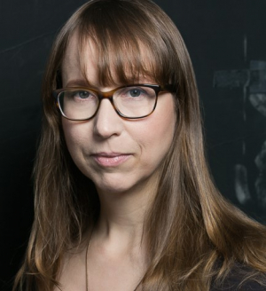 Anne Washburn Headshot